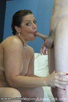 Бесплатные эротические фотки от сайта MommyLovesCock с зрелой женщиной Sammantha's Fuck Session (2008-10-27)