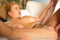 Горячие интим фотки от студии MommyLovesCock с зрелой бабой Strip Teasing MIlf Rebecca Fucked (2008-10-27)