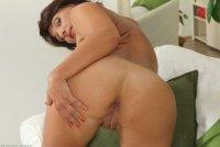 Горячие эротические фотографии от сайта AllOver30 с зрелой дамой [2014.01.01] Belle P